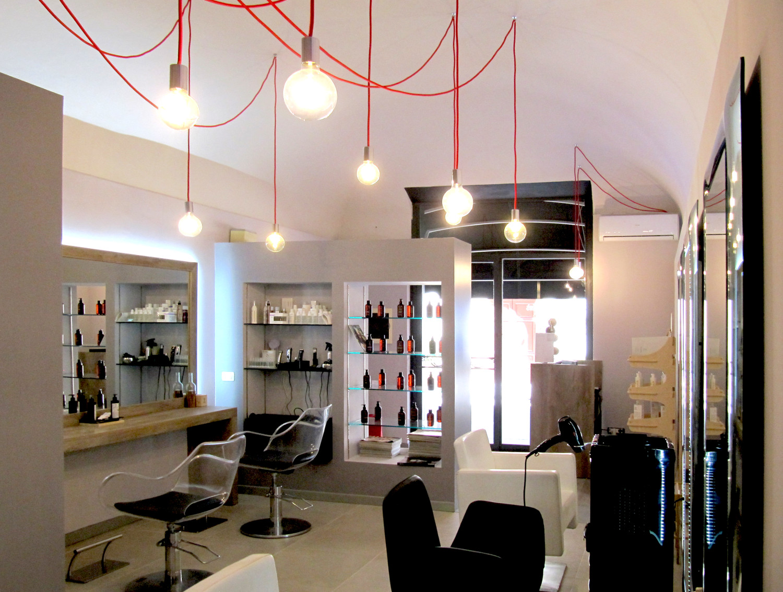 Shop & boutique hair experience: negozio di parrucchiera